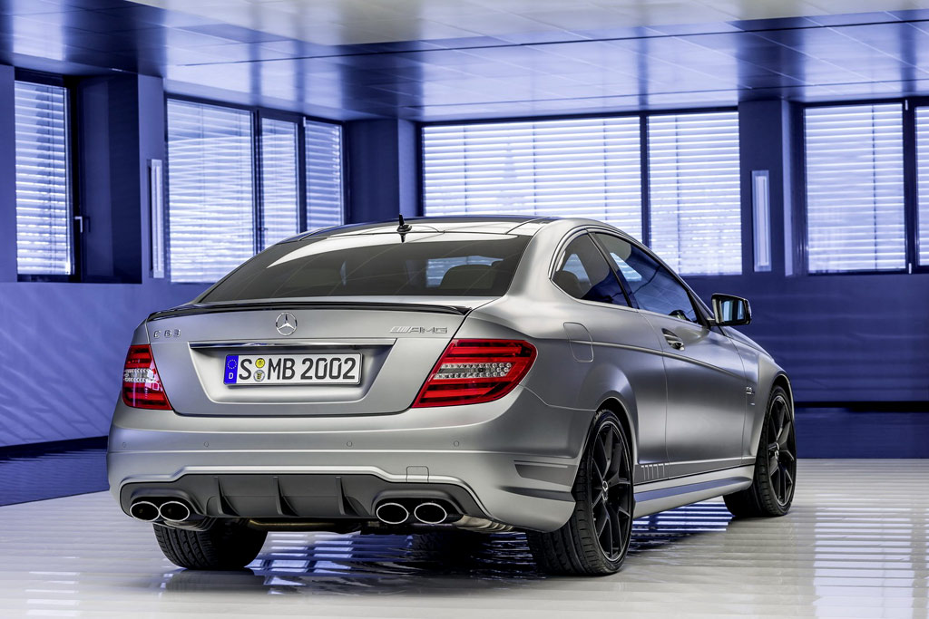 Фото Mercedes C63 AMG Coupe Edition 507