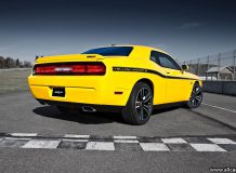 Dodge Challenger SRT8 392 Yellow Jacket