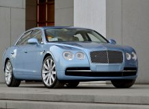 Новый Bentley Flying Spur фото