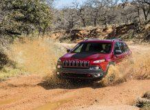 Новый Cherokee Trailhawk 2015
