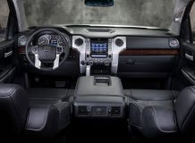 Фото салона Toyota Tundra 3
