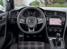 Фото салона VW Golf 7 GTI