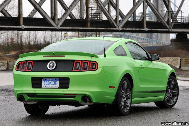 Фото нового Форд Мустанг 2013