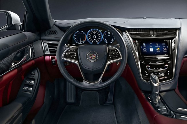 Фото салона Cadillac CTS 3