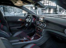 Салон Mercedes CLA 45 AMG фото