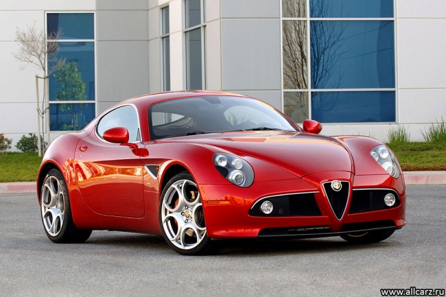 Фото Alfa Romeo 8C