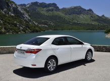 Фото новой Toyota Corolla 2014