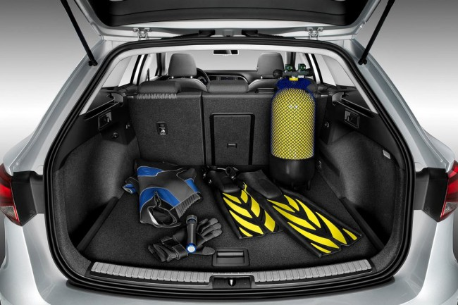 Багажник универсала Сеат Леон 2014