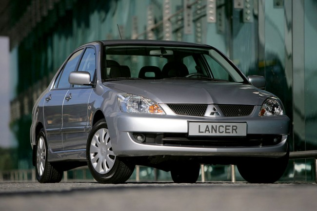 Автомобиль Mitsubishi Lancer IX