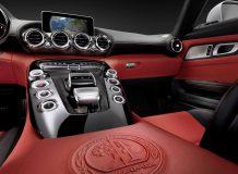 Интерьер Mercedes-AMG GT