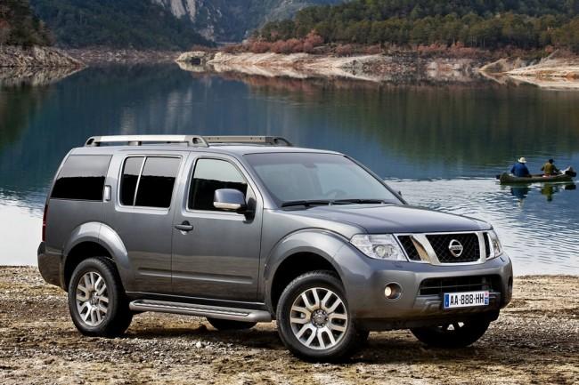 Внедорожник Nissan Pathfinder R51