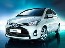 Toyota Yaris 2015 фото