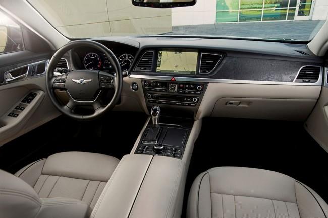 Салон нового Hyundai Genesis II