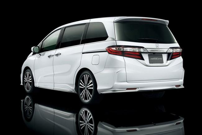 Минивен Honda Odyssey 5 поколения