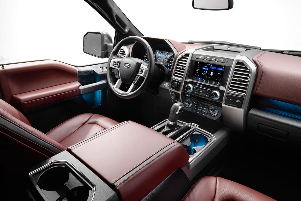 Салон нового Форд F-150