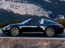 Фото нового Порше 911 Targa 4S