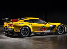 Фото гоночного Corvette C7.R