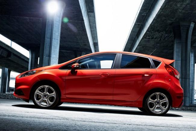 Форд Фиеста 6 ST 5-дверный