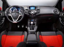 Салон Ford Fiesta ST фото