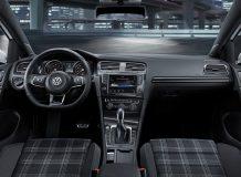 Фото салона VW Golf VII GTE