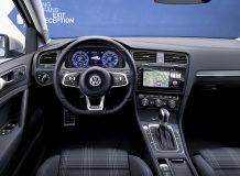 Салон нового VW Golf 7 GTE