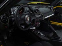 Фото салона Alfa Romeo 4C Spider