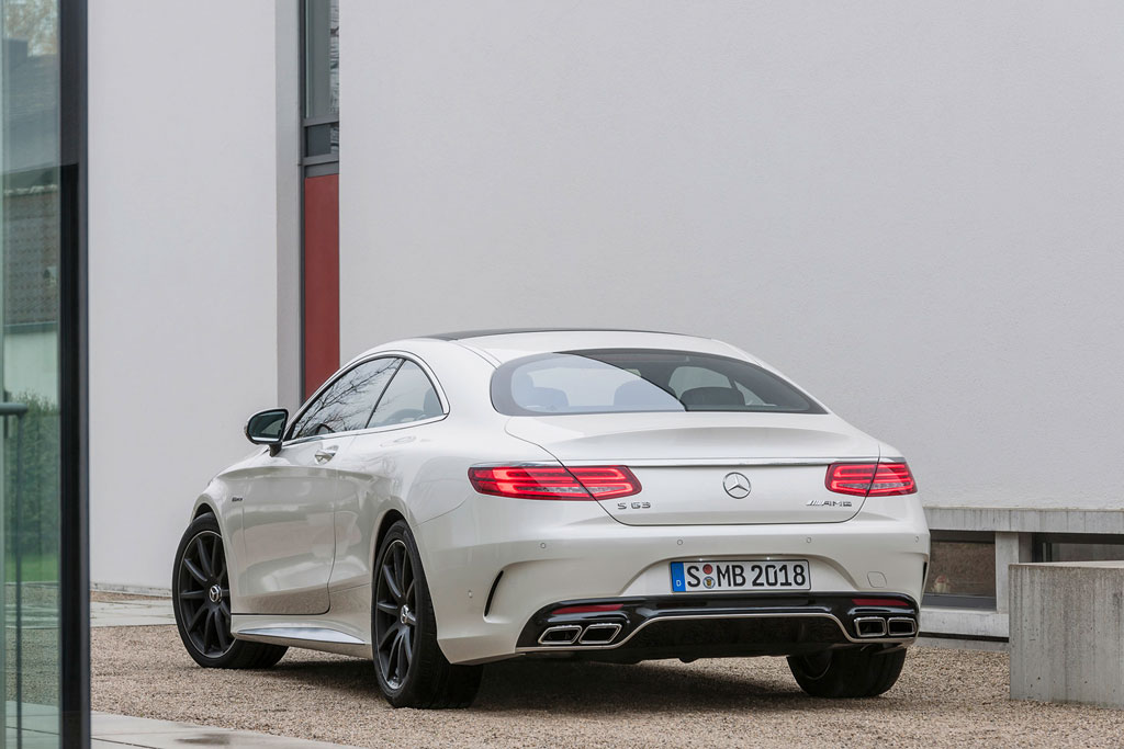 Новый Mercedes S63 AMG Coupe C217 фото