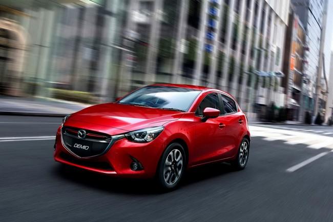 Новый хэтчбек Mazda 2 II поколения