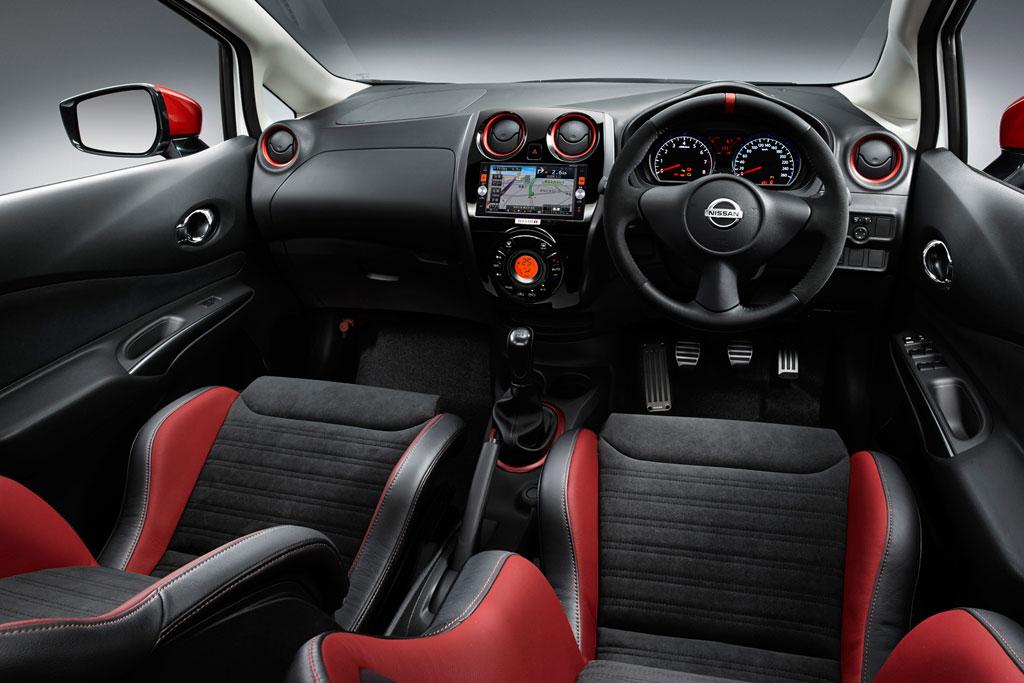 Фото салона Nissan Note Nismo