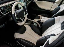 Тюнинг салона Tesla Model S от Saleen