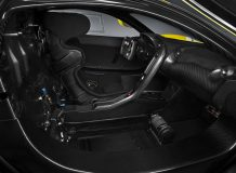 Фото салона McLaren P1 GTR
