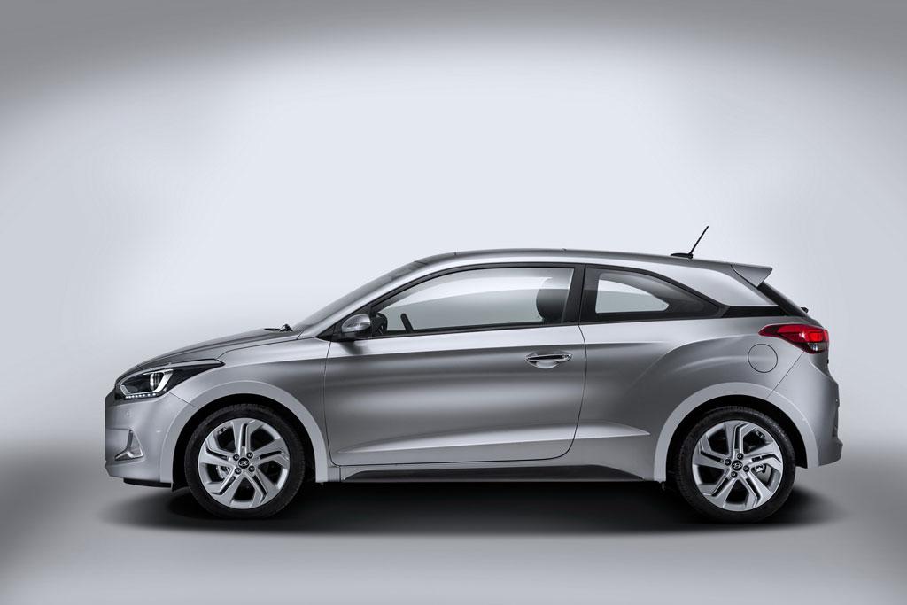 Фото нового Hyundai i20 Coupe 2016