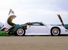 Porsche 911 (993) GT1 Strabenversion