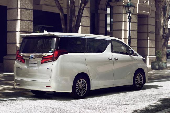 Toyota Alphard 2018 в новом кузове