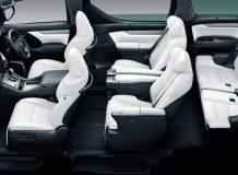 Интерьер Тойоты Alphard 3