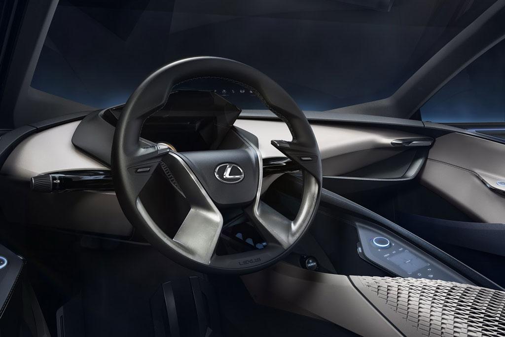 Фото салона Lexus LF-SA