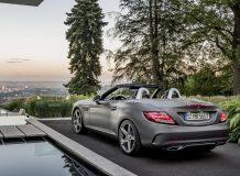 Фото нового Mercedes SLC