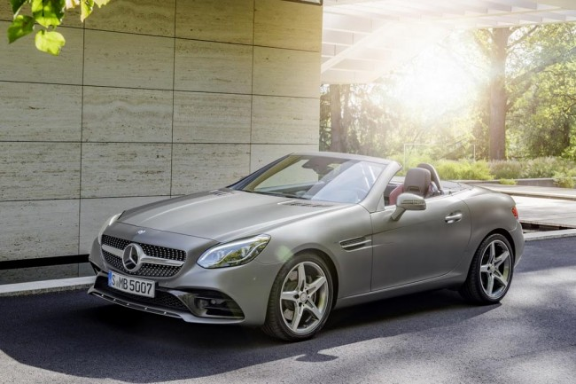 Купе-кабриолет Mercedes SLC