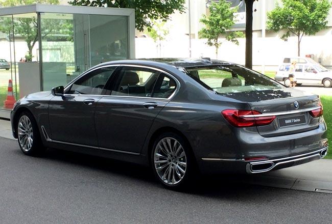 Инженеры BMW готовят дизель с четырьмя турбинами