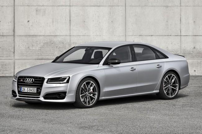 605-сильный седан Audi S8 plus
