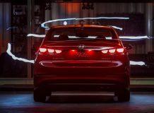 Hyundai Elantra 2018 (AD) фото