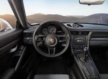 Фото салона Porsche 911 R