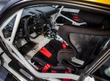 Фото салона Porsche Cayman GT4 Clubsport