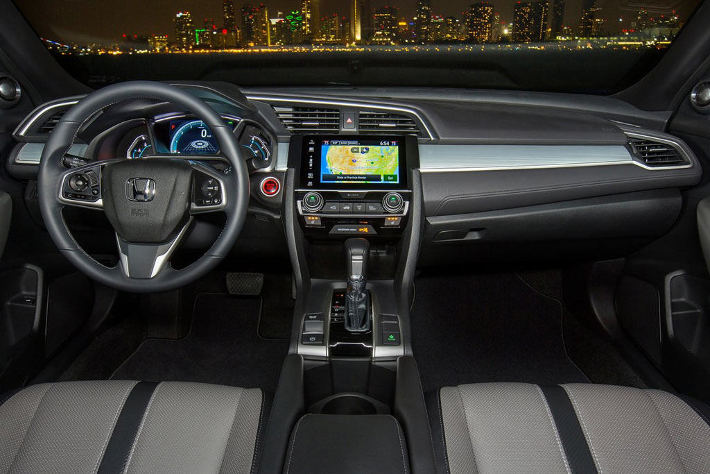 Салон Хонда Цивик 10 купе