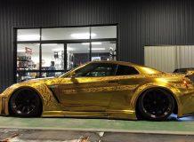Позолоченный Nissan GT-R от Kuhl Racing фото