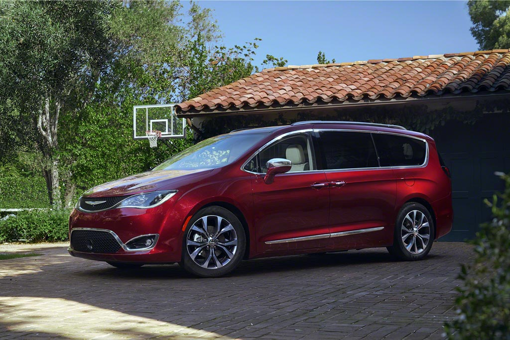 Новый Chrysler Pacifica 2019