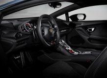 Фото салона Lamborghini Huracan Avio