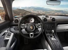 Фото салона Porsche 718 Cayman