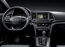 Фото салона Hyundai Elantra Sport