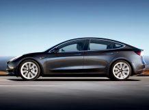 Фото новой Tesla Model 3